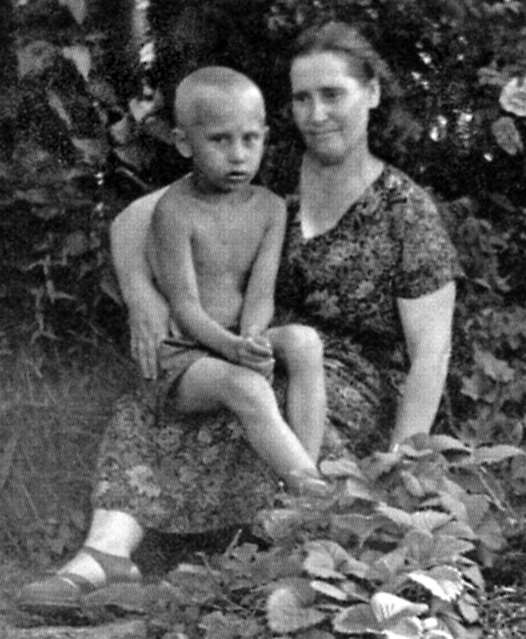 Vladimir Putin The Early Years Between Two Worlds